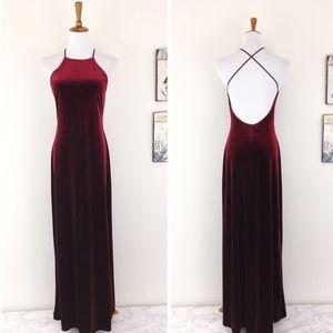LAUNDRY by SHELLY SEGAL Velvet Backless Maxi Dress